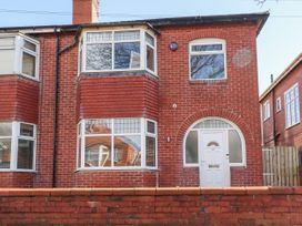 3 bedroom Cottage for rent in Lytham St Annes