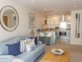 Apartment 28 - North Wales - 1050883 - thumbnail photo 2