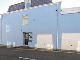 Castle Mews - Anglesey - 1051035 - thumbnail photo 2
