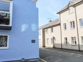 Castle Mews - Anglesey - 1051035 - thumbnail photo 12