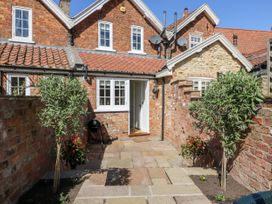 5 Pond View Cottages - Whitby & North Yorkshire - 1051177 - thumbnail photo 20