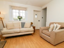 5 Pond View Cottages - Whitby & North Yorkshire - 1051177 - thumbnail photo 6