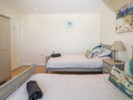 Trevose House - Cornwall - 1051192 - thumbnail photo 25