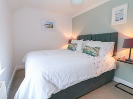Fistral Bay Cottage - Cornwall - 1051193 - thumbnail photo 21