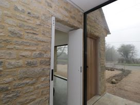The Cart Shed - Cotswolds - 1051267 - thumbnail photo 2