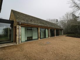 3 bedroom Cottage for rent in Witney