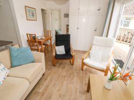 Buddleia Cottage - Isle of Wight & Hampshire - 1051305 - thumbnail photo 6