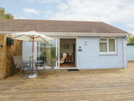 Buddleia Cottage - Isle of Wight & Hampshire - 1051305 - thumbnail photo 2