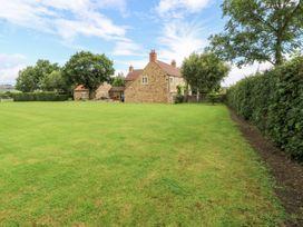 Common End Farmhouse - Whitby & North Yorkshire - 1051385 - thumbnail photo 40