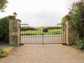 Common End Farmhouse - Whitby & North Yorkshire - 1051385 - thumbnail photo 46