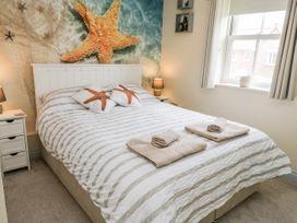 The Starfish Shack - Whitby & North Yorkshire - 1051408 - thumbnail photo 12