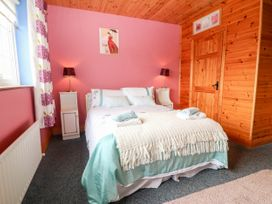 Ballyheigue Guesthouse - County Kerry - 1051455 - thumbnail photo 14