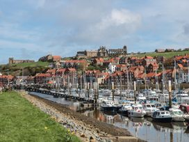 Hudson Cottage - Whitby & North Yorkshire - 1051590 - thumbnail photo 18