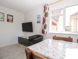 Swanage Town Apartment - Dorset - 1051693 - thumbnail photo 6