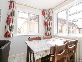 Swanage Town Apartment - Dorset - 1051693 - thumbnail photo 12