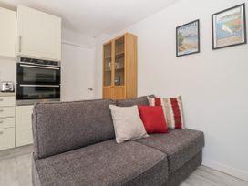 Swanage Town Apartment - Dorset - 1051693 - thumbnail photo 8