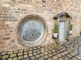 Clock Cottage - Peak District - 1051773 - thumbnail photo 2