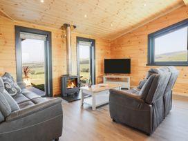 Bacheiddon Log Cabin - Mid Wales - 1051902 - thumbnail photo 4
