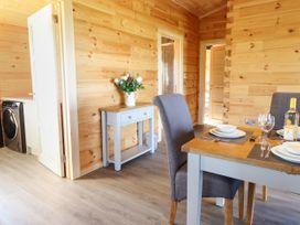 Bacheiddon Log Cabin - Mid Wales - 1051902 - thumbnail photo 6