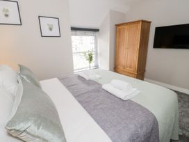 Apartment 1 - North Wales - 1052069 - thumbnail photo 10