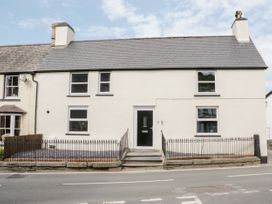 Apartment 1 - North Wales - 1052069 - thumbnail photo 1