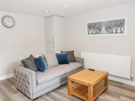 Apartment 1 - North Wales - 1052069 - thumbnail photo 3