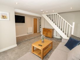Apartment 2 - North Wales - 1052075 - thumbnail photo 5