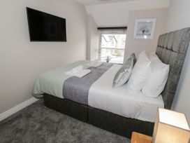 Apartment 3 - North Wales - 1052083 - thumbnail photo 13