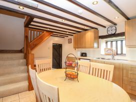 Waterloo Place Cottage - Norfolk - 1052257 - thumbnail photo 11