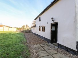 Waterloo Place Cottage - Norfolk - 1052257 - thumbnail photo 2