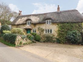 4 bedroom Cottage for rent in Niton, Isle of Wight