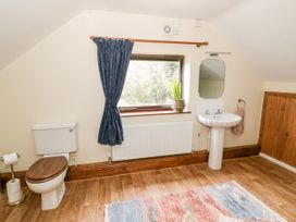 Butterfly Cottage - Shropshire - 1052358 - thumbnail photo 18