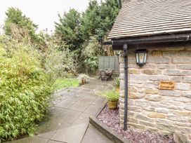 Butterfly Cottage - Shropshire - 1052358 - thumbnail photo 23