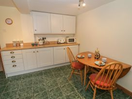 Butterfly Cottage - Shropshire - 1052358 - thumbnail photo 11