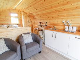 Embden Pod at Banwy Glamping - Mid Wales - 1052423 - thumbnail photo 4