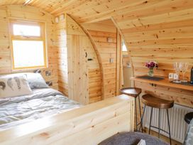 Embden Pod at Banwy Glamping - Mid Wales - 1052423 - thumbnail photo 9