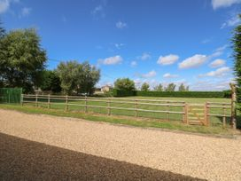 Manor Barn - Norfolk - 1052466 - thumbnail photo 22