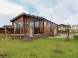 Sea Holly Lodge - Whitby & North Yorkshire - 1052601 - thumbnail photo 1