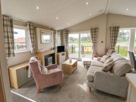 Sea Holly Lodge - Whitby & North Yorkshire - 1052601 - thumbnail photo 5