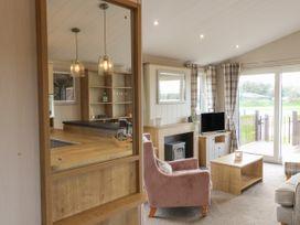 Sea Holly Lodge - Whitby & North Yorkshire - 1052601 - thumbnail photo 10
