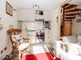 The Little House - South Coast England - 1052648 - thumbnail photo 7