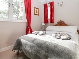 The Little House - South Coast England - 1052648 - thumbnail photo 12