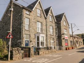 Tyn Celyn Town House - North Wales - 1052683 - thumbnail photo 1