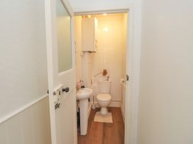 Woodlands By The Sea Cottage - Kent & Sussex - 1052742 - thumbnail photo 8