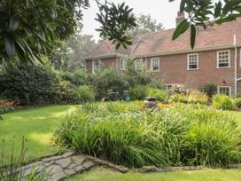 Woodlands By The Sea Cottage - Kent & Sussex - 1052742 - thumbnail photo 18