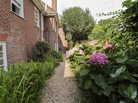 Woodlands By The Sea Cottage - Kent & Sussex - 1052742 - thumbnail photo 19