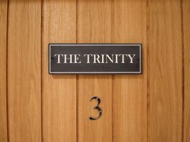 The Trinity - Cotswolds - 1052782 - thumbnail photo 4