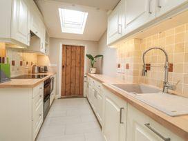 Vine Cottage - Kent & Sussex - 1052816 - thumbnail photo 8