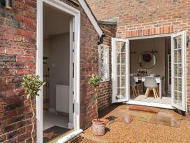 Vine Cottage - Kent & Sussex - 1052816 - thumbnail photo 16