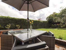 Vine Cottage - Kent & Sussex - 1052816 - thumbnail photo 18